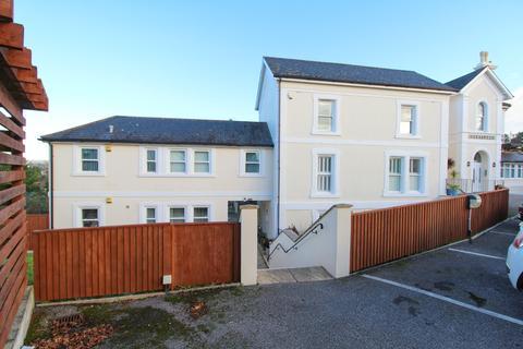 2 bedroom apartment - Rawlyn Road, Chelston, Torquay