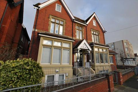 2 bedroom apartment to rent - Park Road, Blackpool