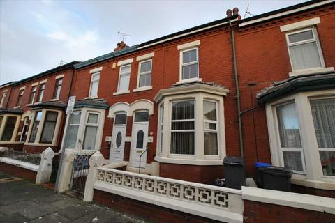 3 bedroom house to rent - Myrtle Avenue, Blackpool