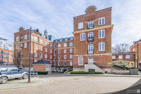 2 bedroom apartment for sale - Thomas Wyatt Close, Norwich
