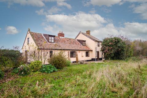 3 bedroom cottage for sale - Morningthorpe, Norwich