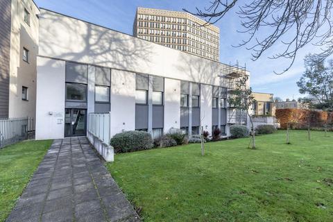 2 bedroom ground floor flat for sale - Montpellier Terrace, Cheltenham GL50 1AF