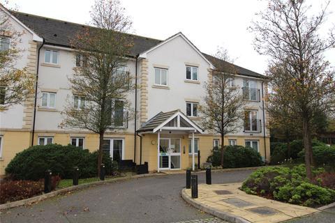 2 bedroom flat - Celandine Grove, Green Road, Southgate, London, N14