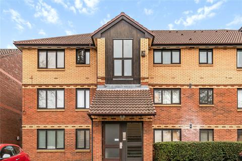 2 bedroom flat for sale - Medesenge Way, Palmers Green, London, N13