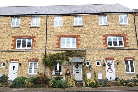 4 bedroom terraced house - Old Tannery Way, Milborne Port, Somerset, DT9