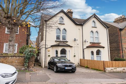 1 bedroom ground floor flat for sale - Chelmsford Road, South Woodford