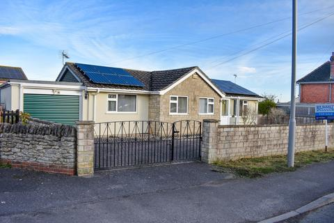 3 bedroom detached bungalow for sale - Thornhill Road, Stalbridge