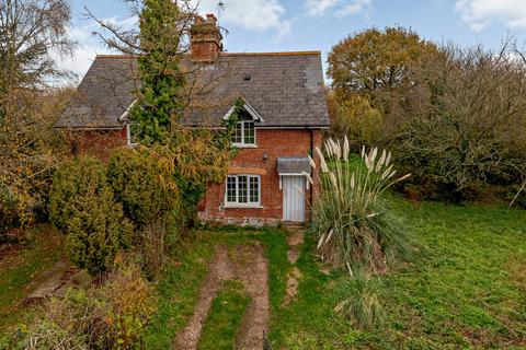 2 bedroom semi-detached house - Marlborough Cottages, Clyst Honiton, Exeter, Devon