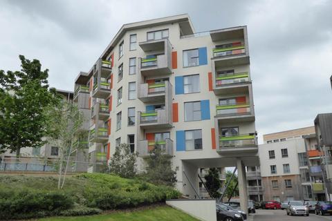2 bedroom flat to rent - 201 Aqua Building, Glenalmond Avenue, Cambridge