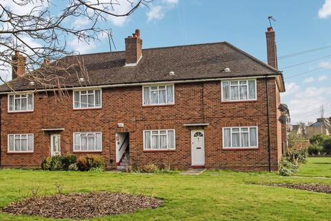 1 bedroom apartment to rent - Oakwood Road, Pinner, Middlesex