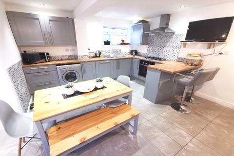 3 bedroom semi-detached house to rent - Ash Grove, Killay