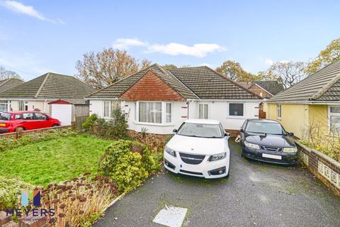 3 bedroom bungalow for sale - Hamble Road, Oakdale, Poole, BH15