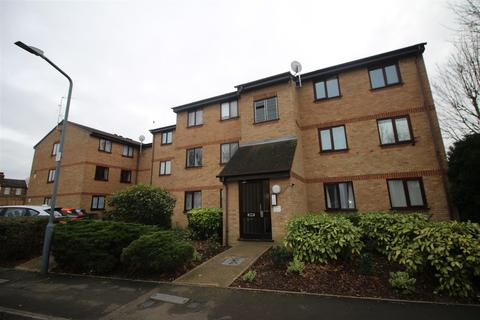 2 bedroom flat to rent - Avenue Road, Chadwell Heath, Essex