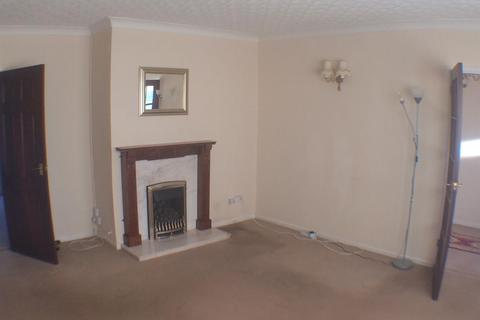 2 bedroom detached bungalow to rent - Hanover Place, Cannock