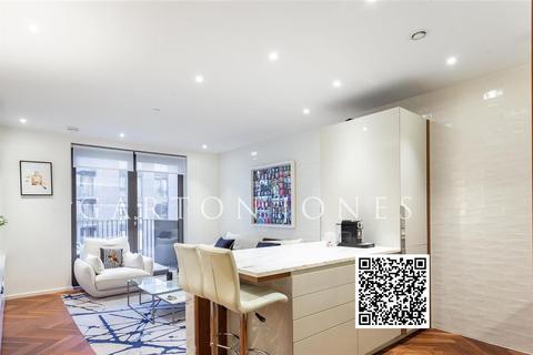 1 bedroom flat - Ambassador Building, Embassy Gardens, Nine Elms, London, SW11