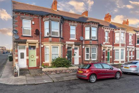 3 bedroom flat for sale - Cartington Terrace, Heaton, Newcastle Upon Tyne