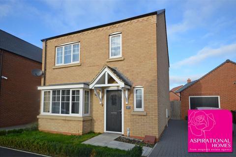 4 bedroom detached house - Cottesbrooke Way, Raunds, Wellingborough, Northamptonshire