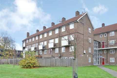2 bedroom apartment for sale - Moree Way, London, N18