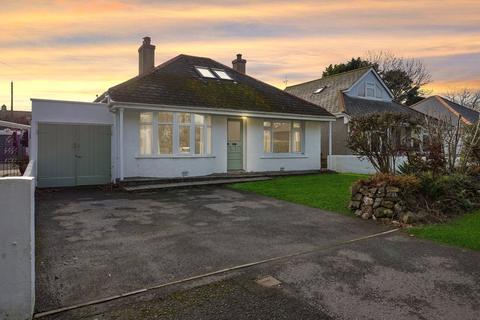 3 bedroom detached bungalow for sale - Alexandra Road, Illogan, Redruth, Cornwall, TR16