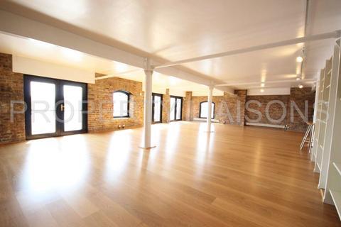 3 bedroom flat to rent - St Johns Wharf, St Johns Wharf, Wapping High Street, London, E1W