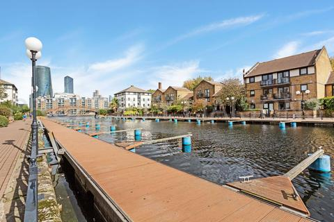 1 bedroom apartment for sale - Whiteadder Way, Canary Wharf, E14