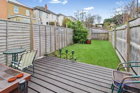 1 bedroom apartment for sale - Luther Road, Bournemouth. BH9