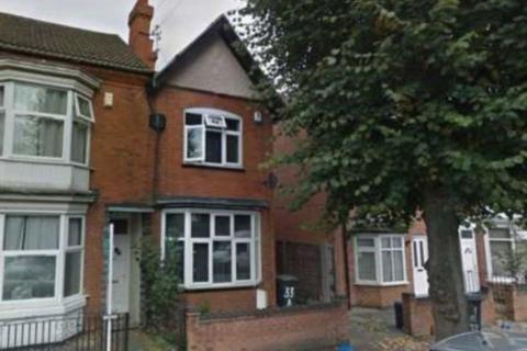 3 bedroom semi-detached house to rent - Winchester Avenue, Leicester