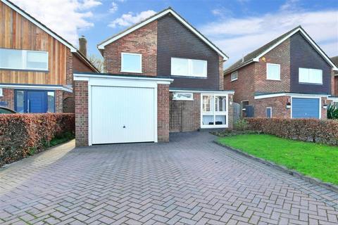 4 bedroom detached house for sale - Chestnut Drive, Kingswood, Maidstone, Kent