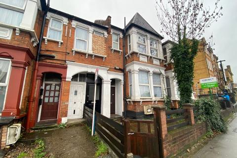2 bedroom flat to rent - Bowes Road, N11