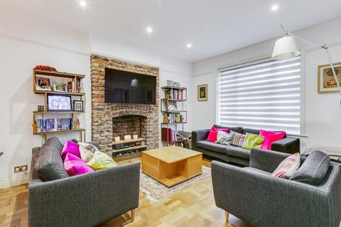 1 bedroom flat for sale - ASHWORTH MANSIONS, GRANTULLY ROAD, LONDON