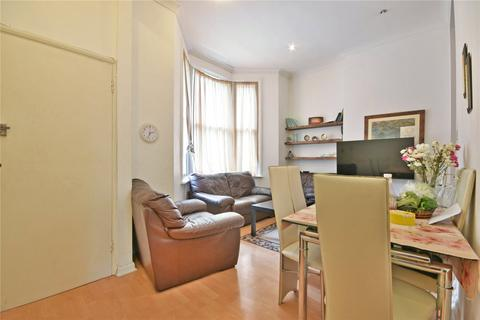 2 bedroom flat for sale - Victoria Road, Queens Park Borders, NW6