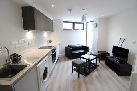 1 bedroom flat - Albert Road, Bournemouth, Dorset