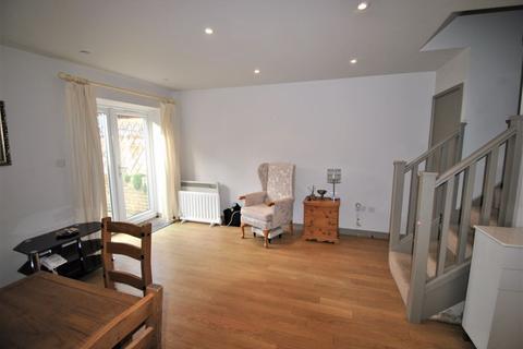 2 bedroom ground floor flat for sale - Upper King Street, Royston