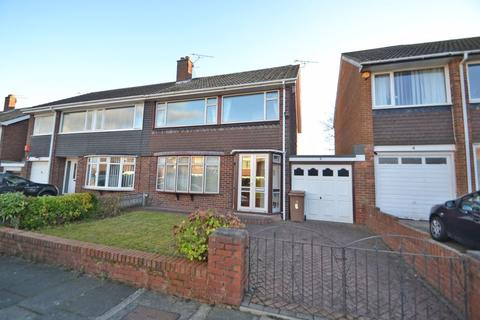 4 bedroom semi-detached house for sale - Langdon Close, North Shields