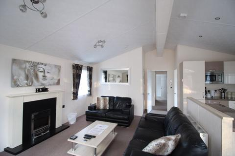 3 bedroom lodge for sale - 10 Riverside Edge, Dollar Lodge and Holiday Home Park, Dollar