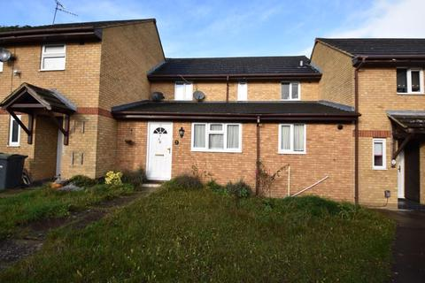 3 bedroom terraced house to rent - Underwood Close, Luton