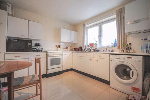 4 bedroom flat for sale - Tiverton Road N15