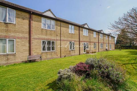 1 bedroom retirement property for sale - Norbury Court, Bailey Close, Cardiff