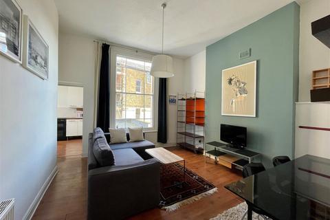 2 bedroom flat - Junction Road, Archway