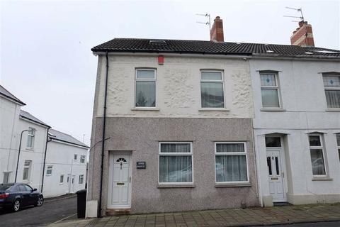2 bedroom flat - Main Street, Barry, Vale Of Glamorgan