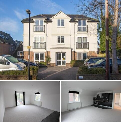 2 bedroom flat for sale - Grove Road, Burgess Hill