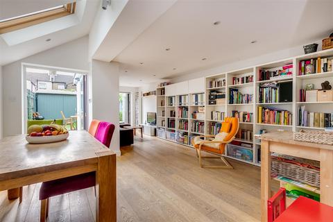4 bedroom terraced house - Binns Road, Chiswick, W4