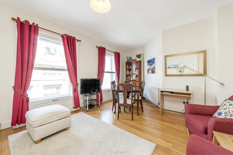 1 bedroom apartment to rent - Kensington Gardens Square London W2