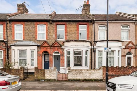 4 bedroom terraced house to rent - Ramsay Road, Forest Gate, E7