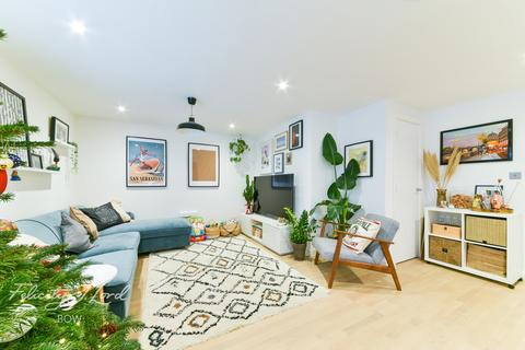 2 bedroom apartment for sale - Bow Common Lane, London E3