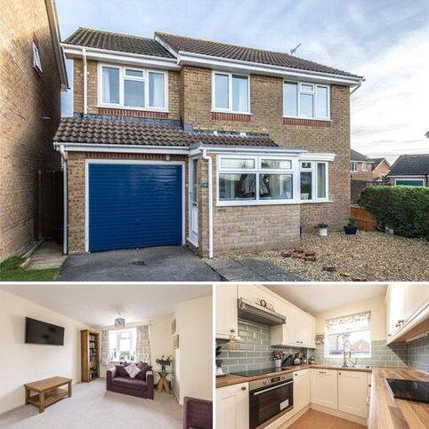 4 bedroom detached house for sale - Wydford Close, Sherborne, DT9