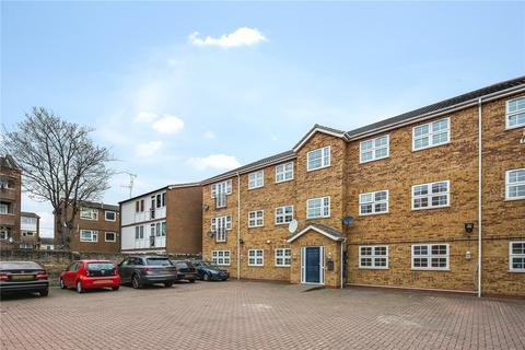 2 bedroom flat to rent - Romford Road, Stratford, London, E15
