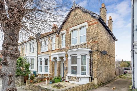 2 bedroom flat for sale - Stonard Road, London, N13