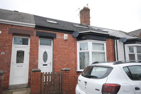 3 bedroom cottage for sale - Moreland Street, Roker