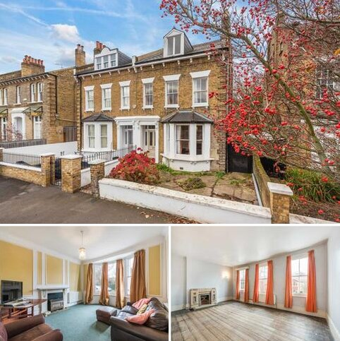 4 bedroom semi-detached house for sale - Carson Road West Dulwich SE21 8HU